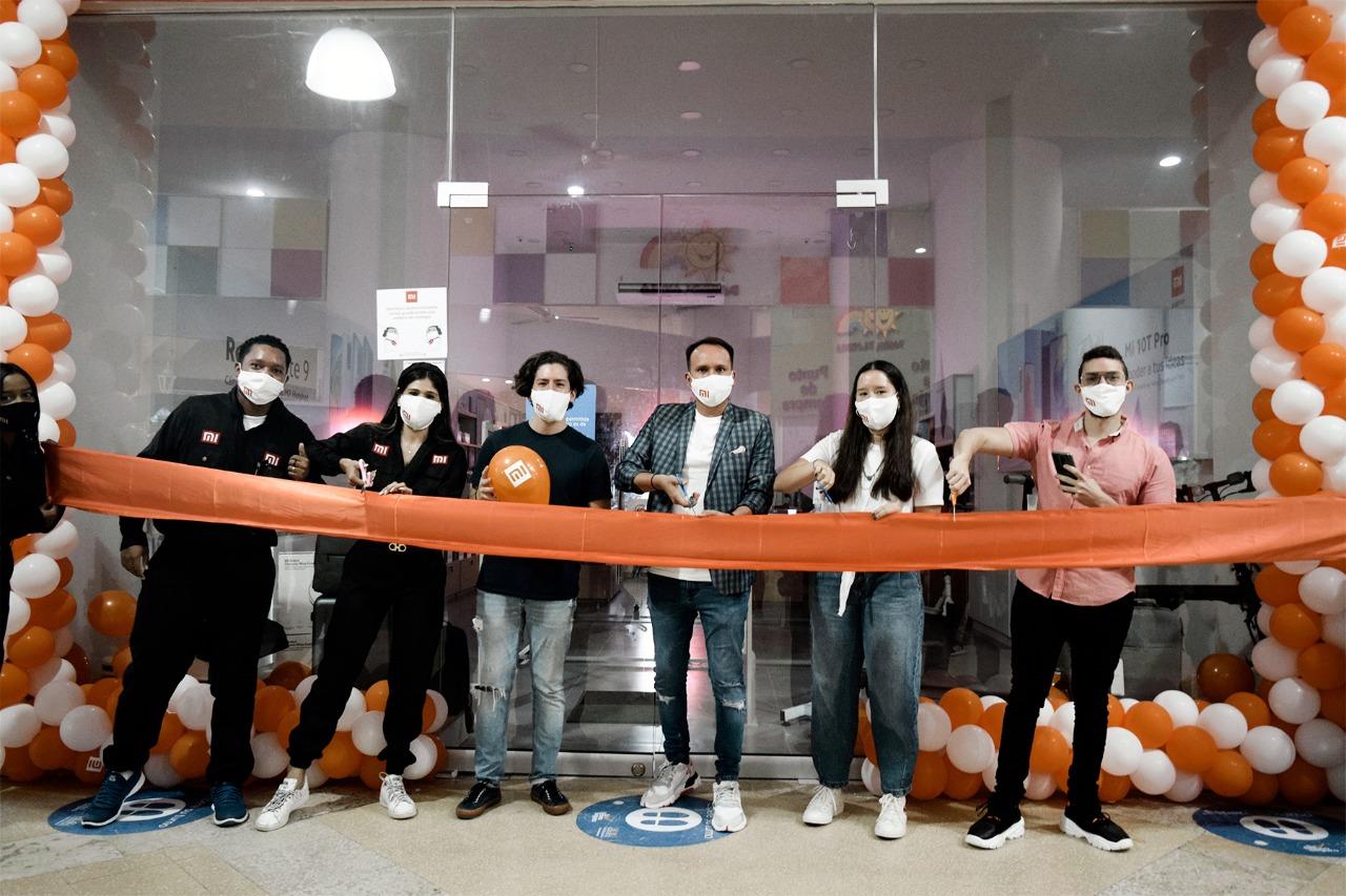 Xiaomi celebra la apertura de su tienda número 1000 con sus fans en todo el mundo